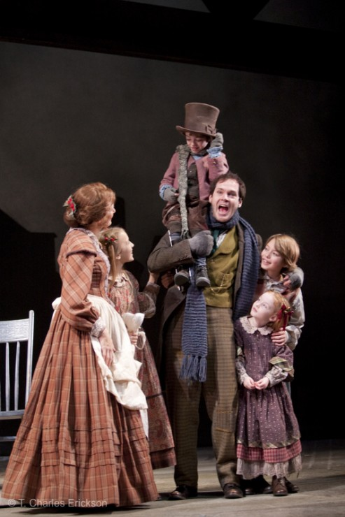 The Cratchit family (Janet Metz, Elsa Rodriguez, Noah Hinsdale, Jon Crombie, Hope Springer and Jake Urban).