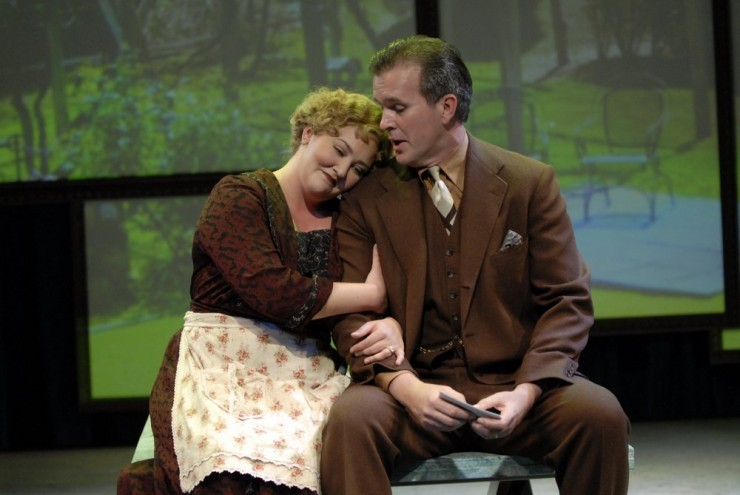 Tracey Lynn Olivera (Suzanne), George Dvorsky (Philippe)