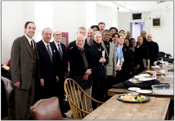 """David Greenstein, Hon. Mario Cuomo, Harold Holtzer, Richard Dreyfuss, Stephen Lang, Cathleen Chalfant, Andre DeShields, director Michael Unger, Senior VP Ronni Denes and The Cooper Union Chorus (with James Stovall) on the 150th anniversary of Abraham Lincoln's """"Right Makes Might"""" speech at the Cooper Union"""