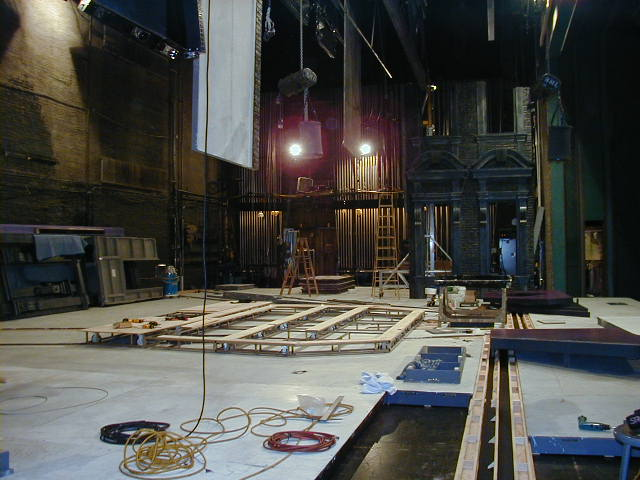 2000 The set loading in for the first time