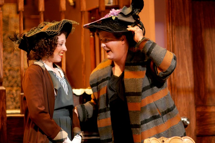 Jennifer Losi (Isabelle), Casey Kramer (Madame Danzard)