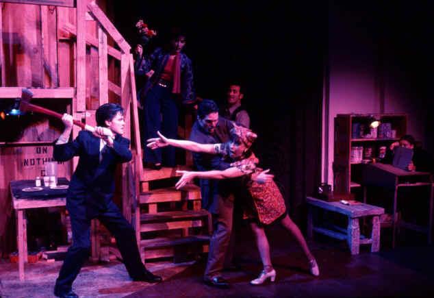 NOISES OFF @ New Harmony Theatre
