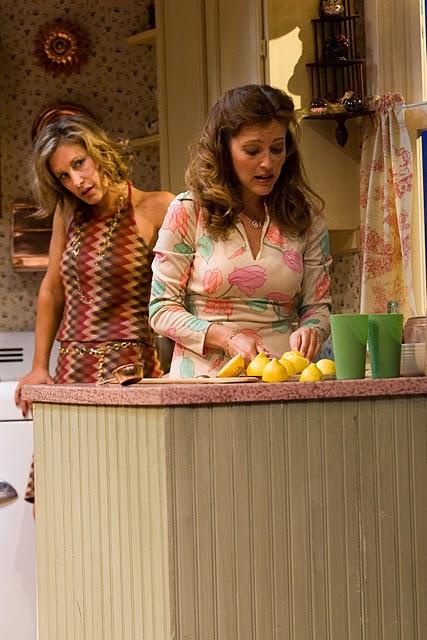 Lisa Datz (Meg), Sandy Rustin (Babe)