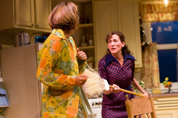 Sally Mae Dunn (Chick), Janet Metz (Lenny)