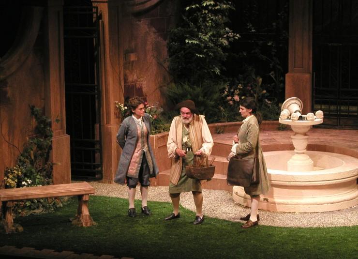 Leonide (Ali Marsh), Dimas (Sam Lloyd, Sr.), Corine (Antoinette Lavecchia)