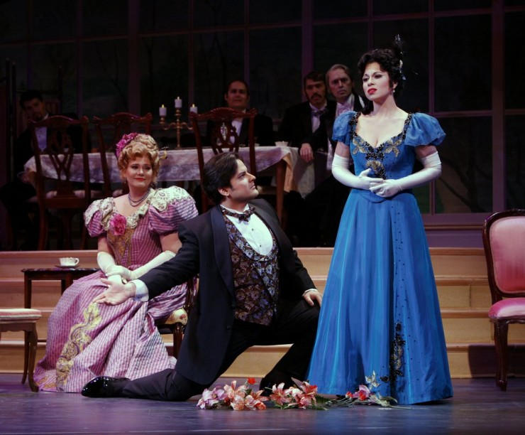Marianne Cope (Yvette), Andrew Drost (Prunier), Lina Tetriana (Magda)