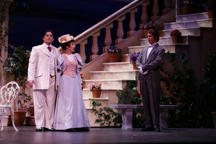 Andrew Drost (Prunier), Christina Bouras (Lisette)