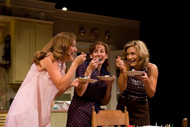 Sandy Rustin (Babe), Janet Metz (Lenny), Lisa Datz (Meg)
