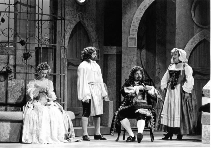 Stacey Branscombe (Agnes), David Huevelman (Alain), Philip Kerr (Arnolphe), Valerie Hubbard (Georgette)