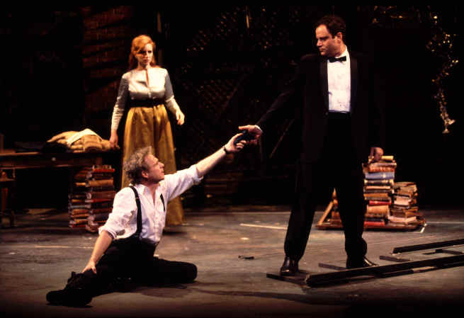Dennis Christopher (Carl), Jenna Stern (Marianne), Jack Laufer (Judah)