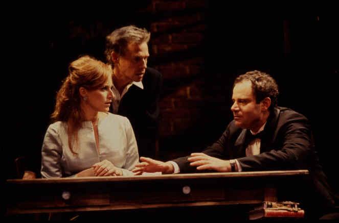 Jenna Stern (Marianne), Dennis Christopher (Carl), Jack Laufer (Judah)